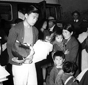Children in Japanese internment camp